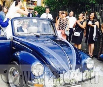 RUGGENTI e BLASONATE LUXURY RENT SERVIZIO NOLEGGIO CERIMONIA CON AUTISTA VW MAGGIOLINO CABRIO VINTAGE BLU CON AUTISTA CAMPANIA da €350 chiedi info clicca qui