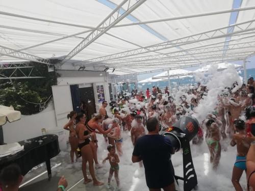 LIDO LIDO....schiuma party.....