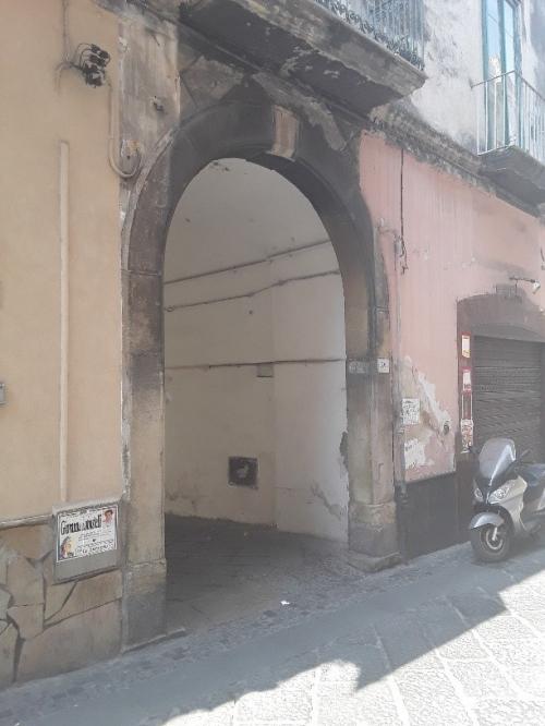 A Sarno,via Fabricatore, locale garage/deposito mq. 23