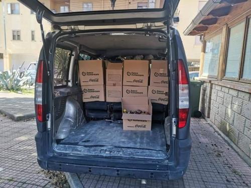 Consegna dei pacchi alimentari