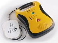 La scuola calcio Baronissi con il defibrillatore