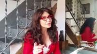Carmen torna sui social con le poesie «a modo suo»