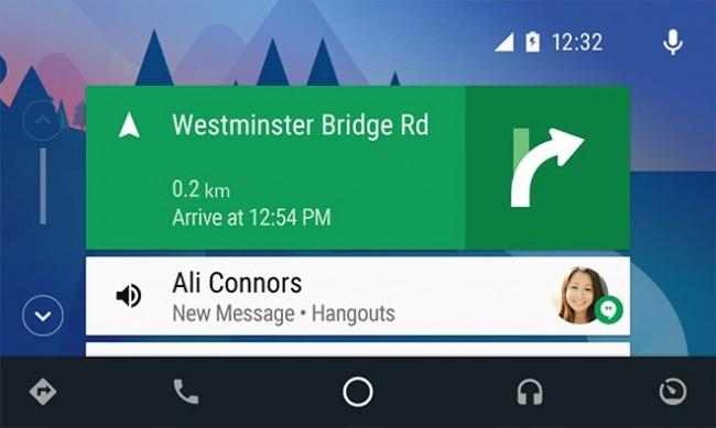 Connettività avanzata con i servizi Apple Car Play ed Android Auto