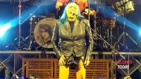 SALERNO TODAY - Show di Loredana Bertè: migliaia di fans in Piazza Portanova per la Notte Bianca