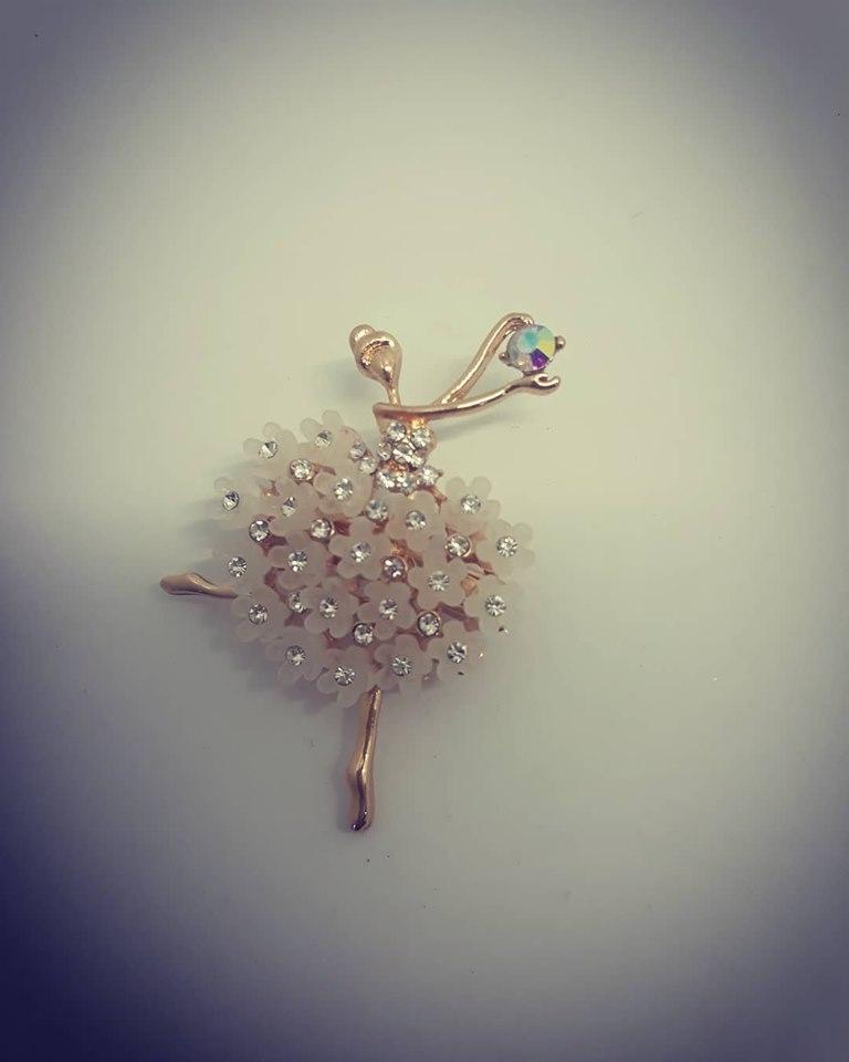 spilla ballerina