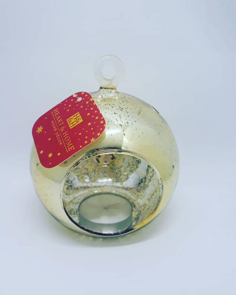 palla natalizia con candela