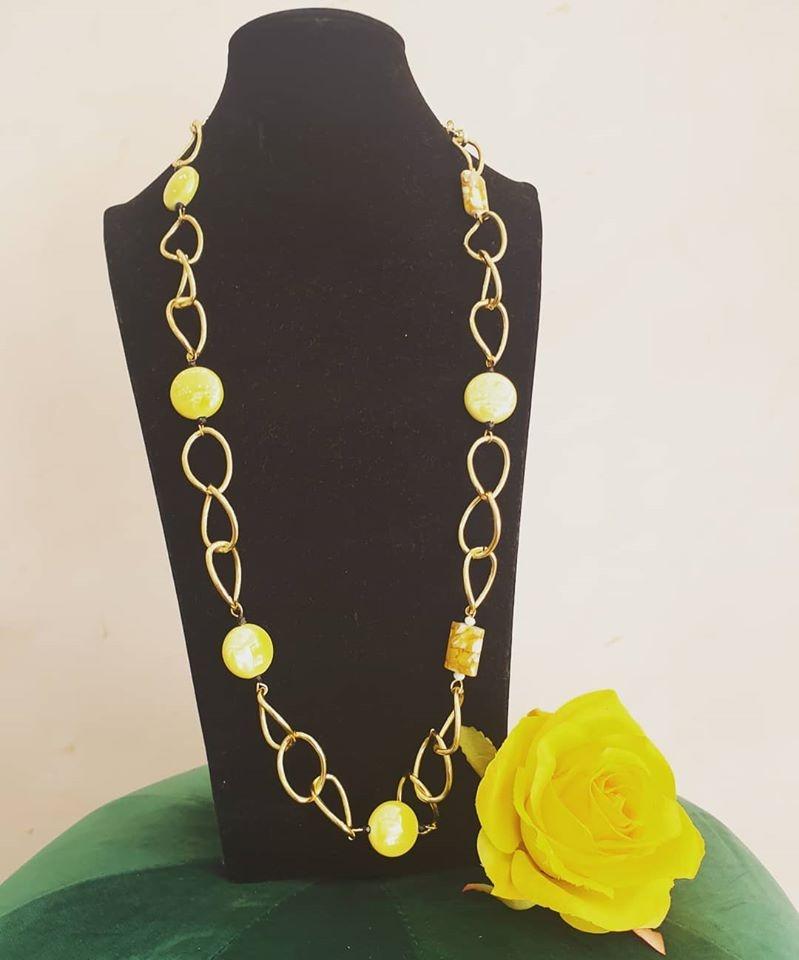 collana gialla