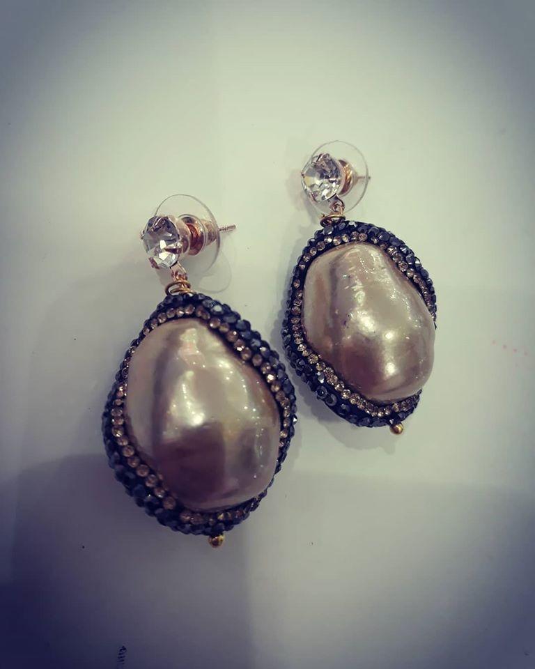 perle di fiume beige
