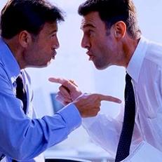 Licenziabile il dipendente che ha un atteggiamento aggressivo nei confronti del superiore gerarchico